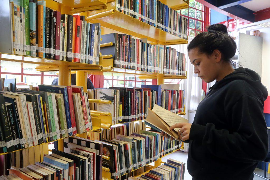 Como ampliar a leitura literária nas escolas?